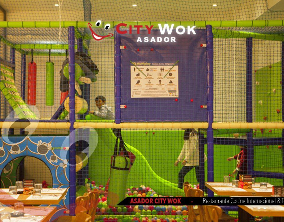 Parque infantil en el Restaurante City Wok Alfafar, Valencia